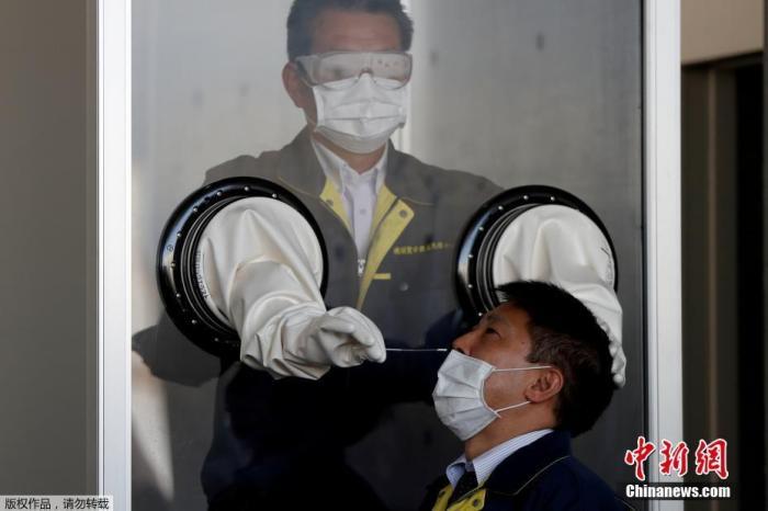 日本冲绳县医护人员短缺:护士将被派往支持这一流行病的斗争
